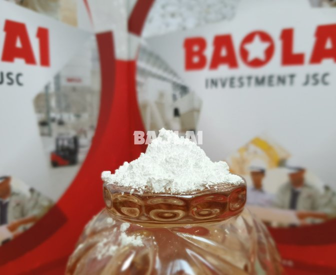 Uncoated Calcium carbonate powder 8+/-1µ - Caco3